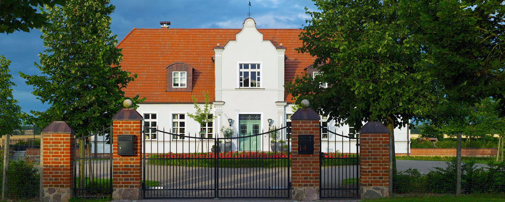 Herrenhaus mit Auffahrt